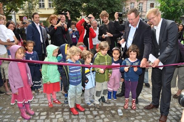 Eröffnung-Spielplatz-Hirschhof